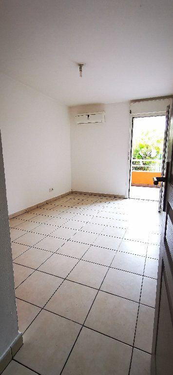 Appartement à vendre 2 47m2 à Saint-Denis vignette-2