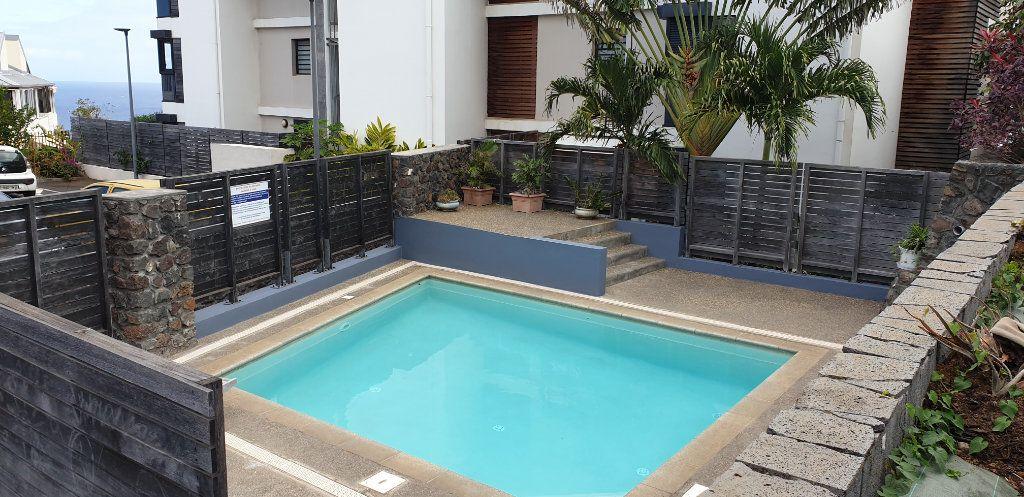 Appartement à vendre 1 29m2 à Saint-Paul vignette-2