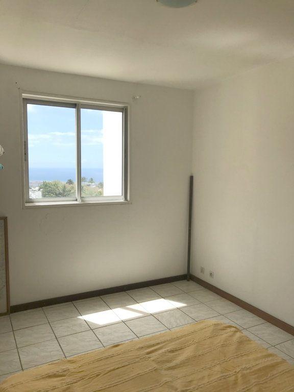 Appartement à vendre 3 68m2 à Sainte-Marie vignette-2