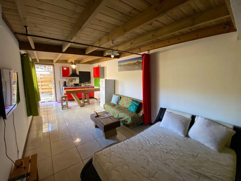 Maison à vendre 8 180m2 à L'Étang-Salé vignette-2