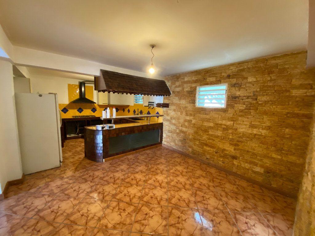 Maison à vendre 8 180m2 à L'Étang-Salé vignette-6