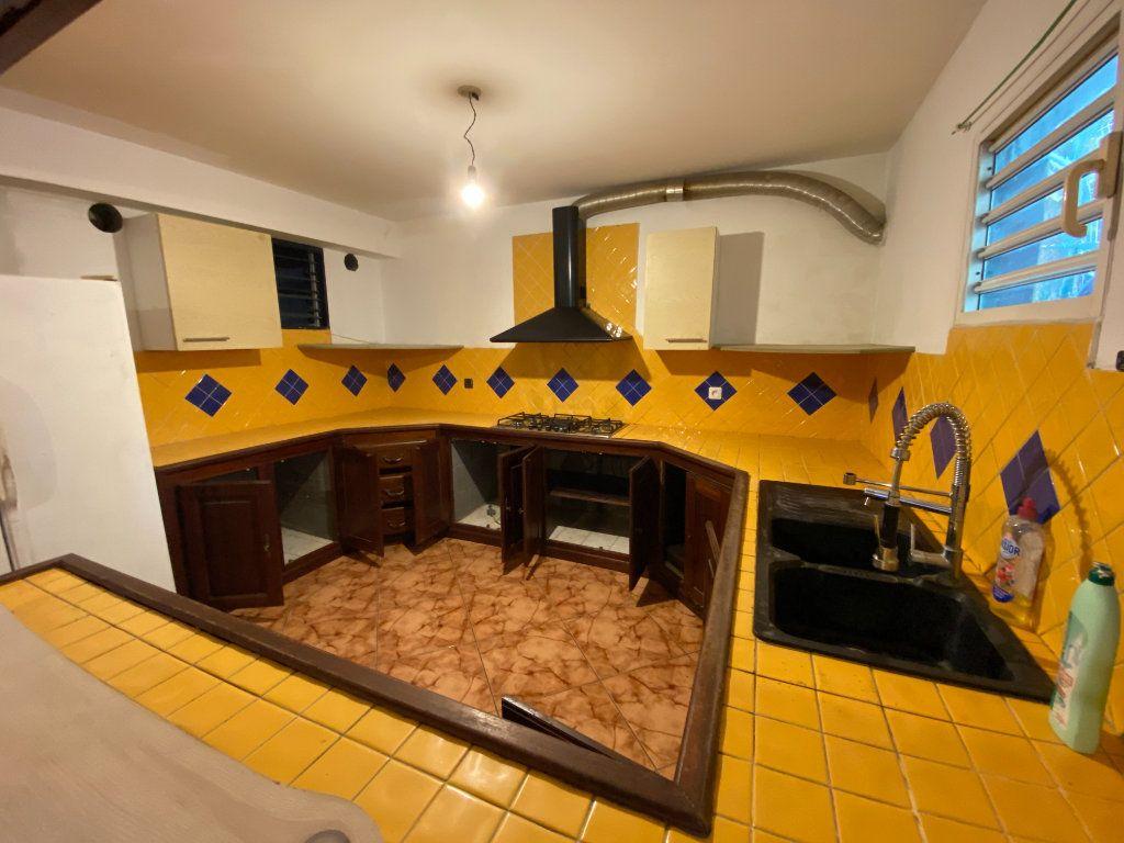 Maison à vendre 8 180m2 à L'Étang-Salé vignette-8