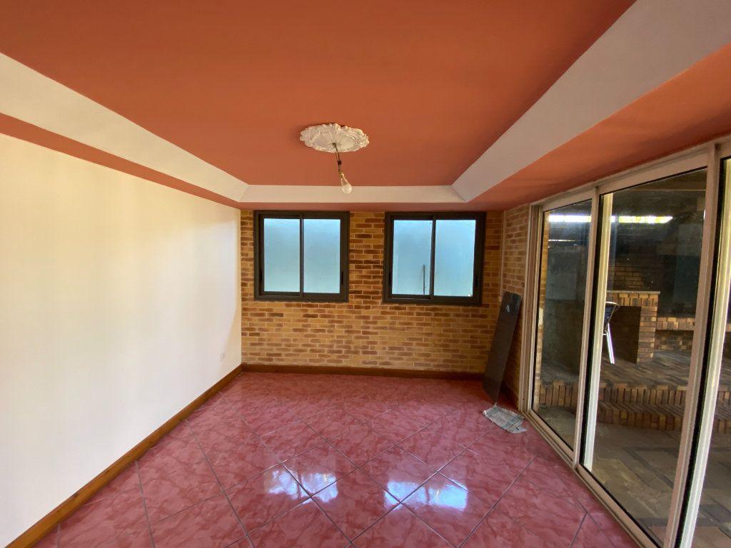 Maison à vendre 8 180m2 à L'Étang-Salé vignette-9