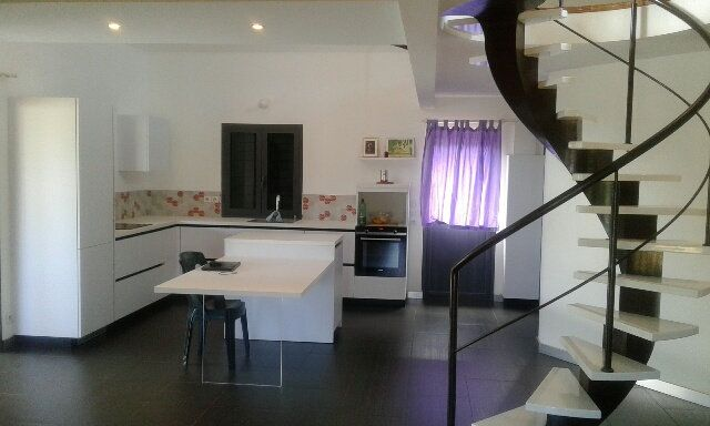Maison à vendre 4 140m2 à Saint-Paul vignette-1