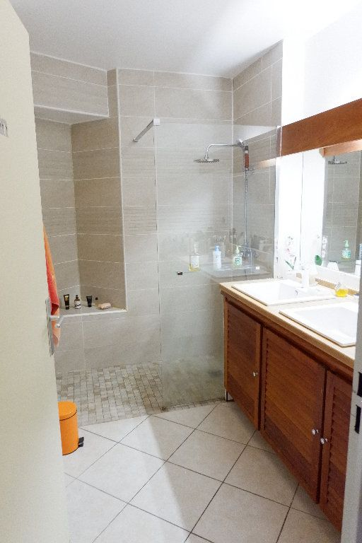 Appartement à vendre 4 95m2 à Saint-Paul vignette-4