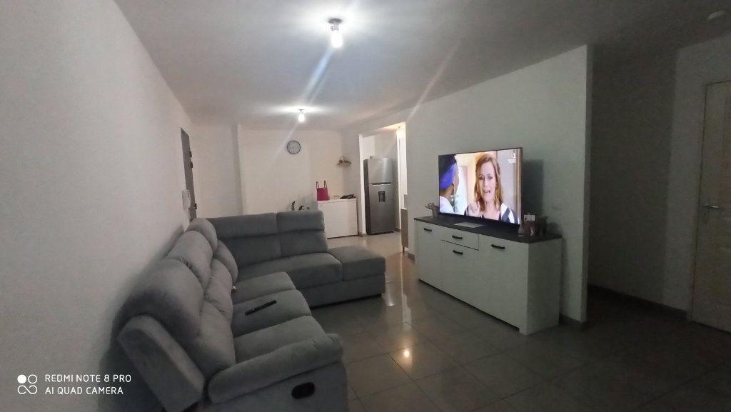 Appartement à vendre 2 57m2 à Saint-Denis vignette-5