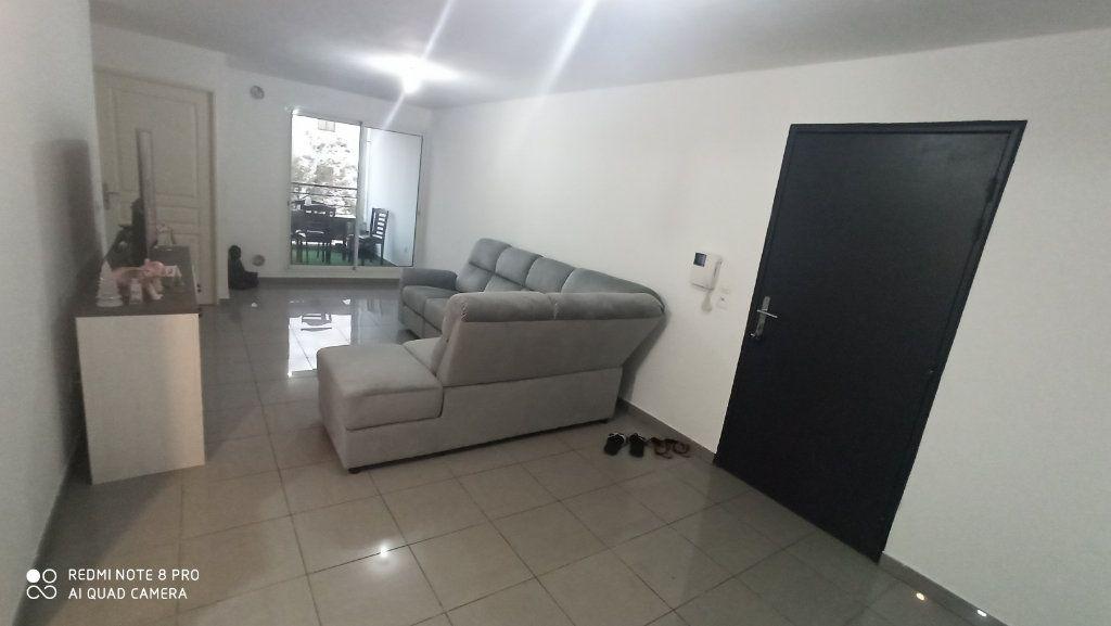 Appartement à vendre 2 57m2 à Saint-Denis vignette-6
