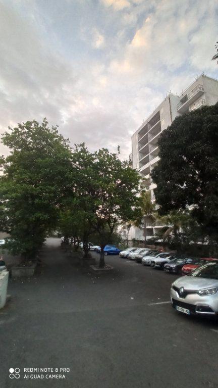 Appartement à vendre 2 57m2 à Saint-Denis vignette-9