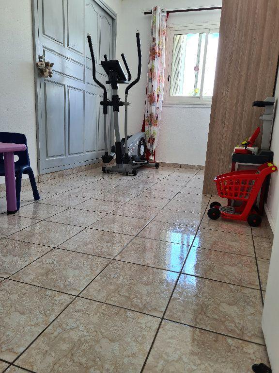 Maison à vendre 4 95m2 à Saint-Denis vignette-3