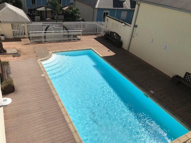 Appartement à vendre 2 35m2 à Saint-Denis vignette-1