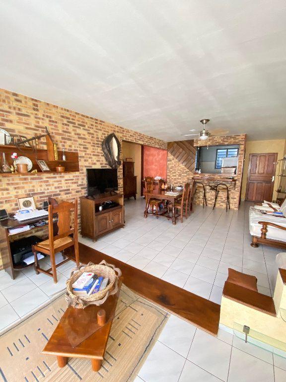 Appartement à vendre 4 83.7m2 à Sainte-Marie vignette-1
