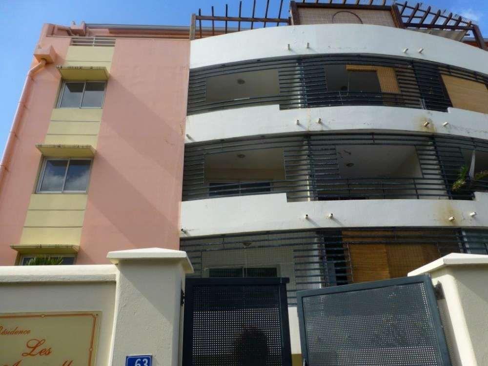 Appartement à vendre 2 39.68m2 à Saint-Denis vignette-1