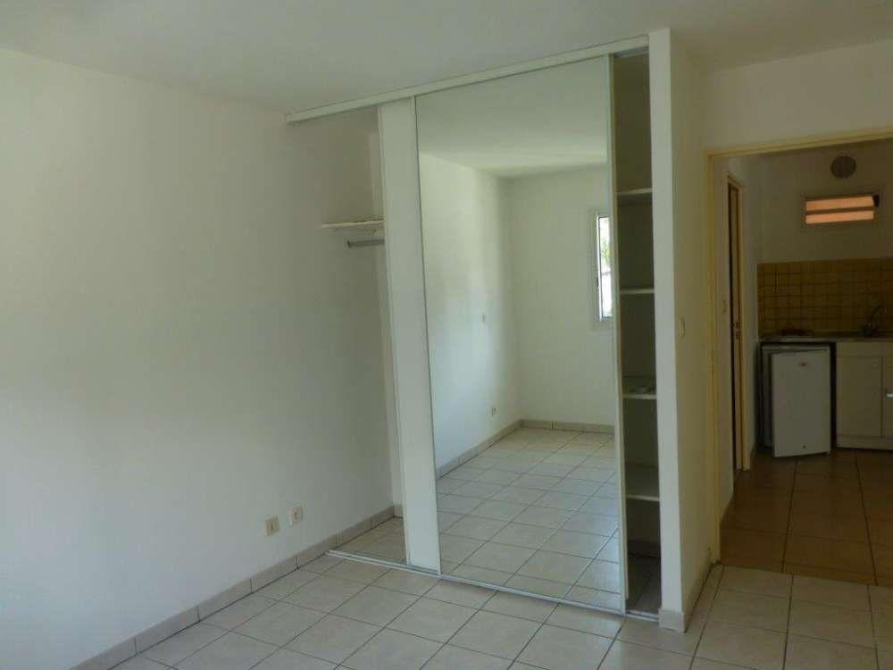 Appartement à vendre 2 39.68m2 à Saint-Denis vignette-4
