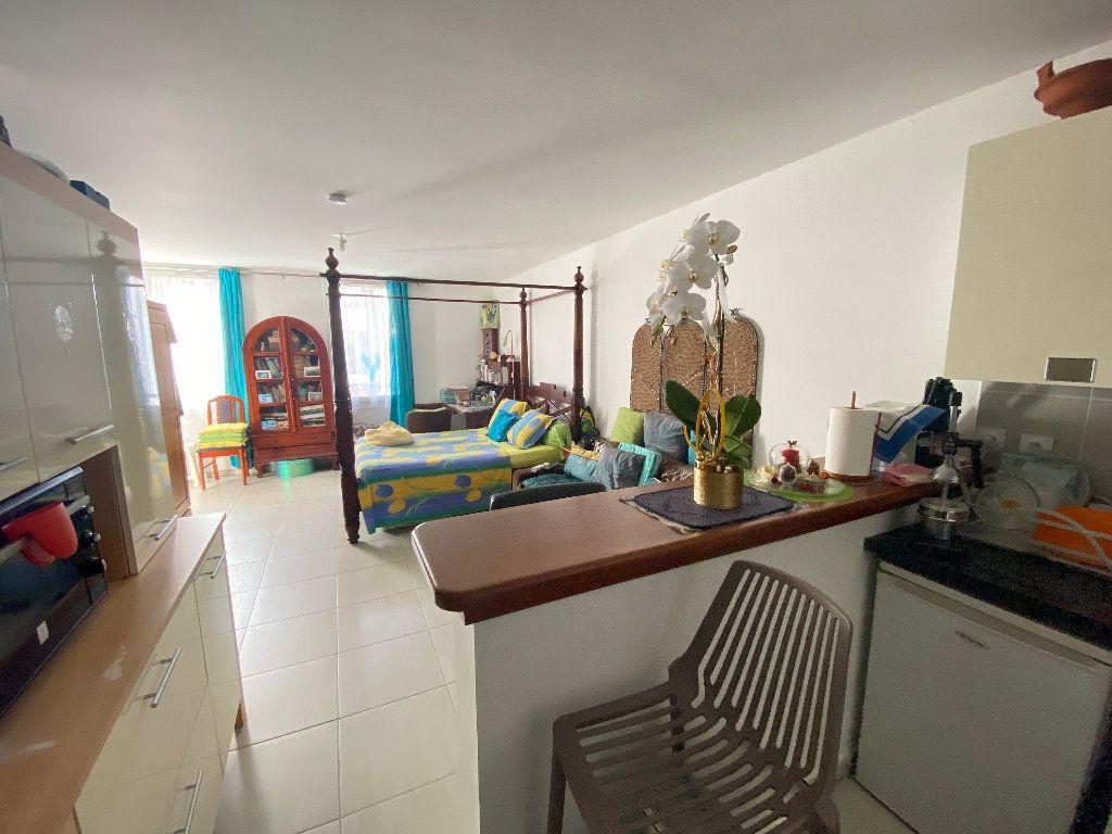 Appartement à vendre 1 40m2 à Saint-Denis vignette-6