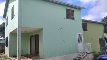 Maison à vendre 5 115m2 à Saint-Joseph vignette-1