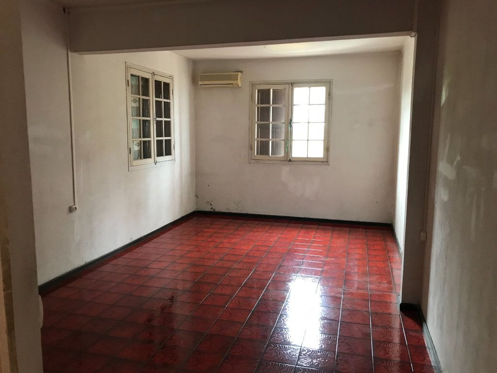Immeuble à vendre 0 355m2 à Saint-Louis vignette-10