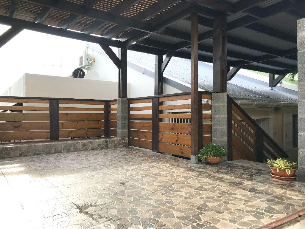 Maison à vendre 3 68m2 à Sainte-Marie vignette-1