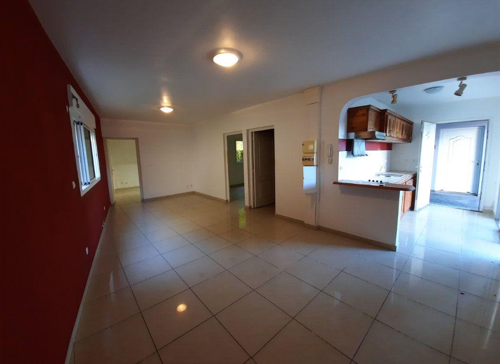 Appartement à vendre 3 65m2 à Le Tampon vignette-2