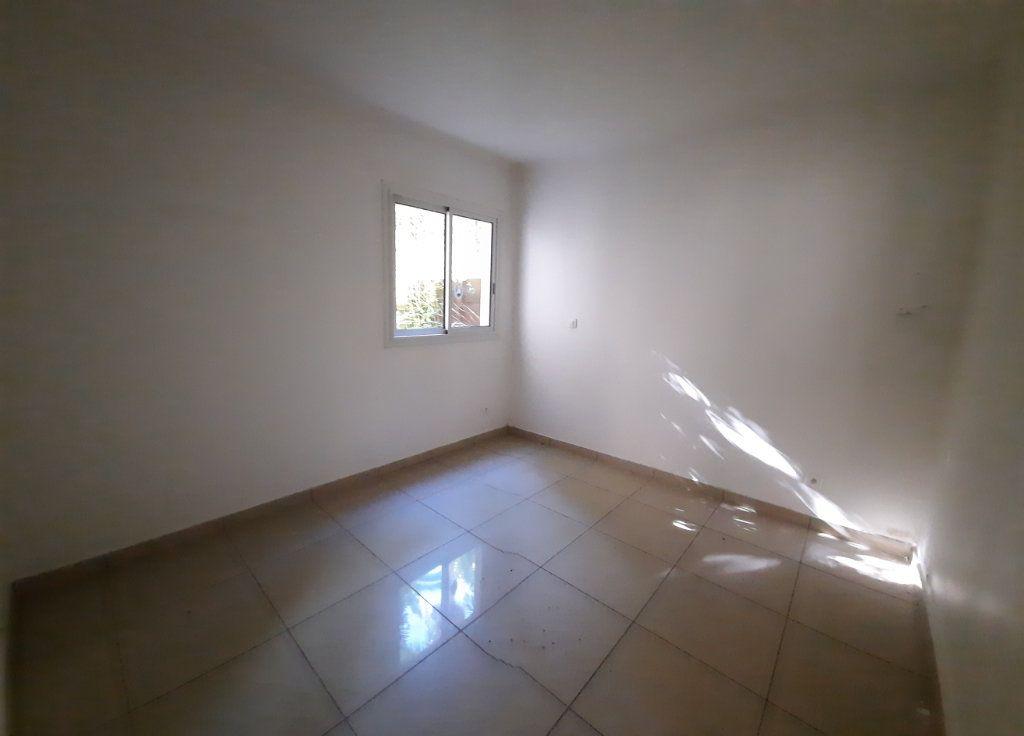 Appartement à vendre 3 65m2 à Le Tampon vignette-4