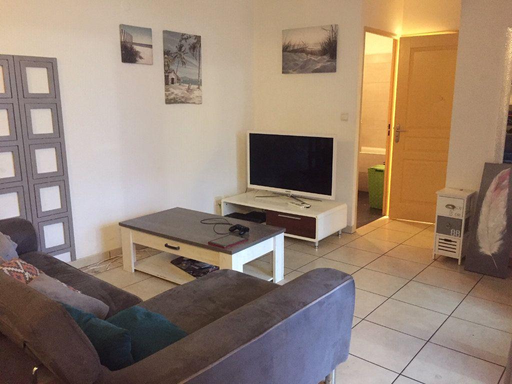 Appartement à vendre 2 45.36m2 à Saint-Paul vignette-2