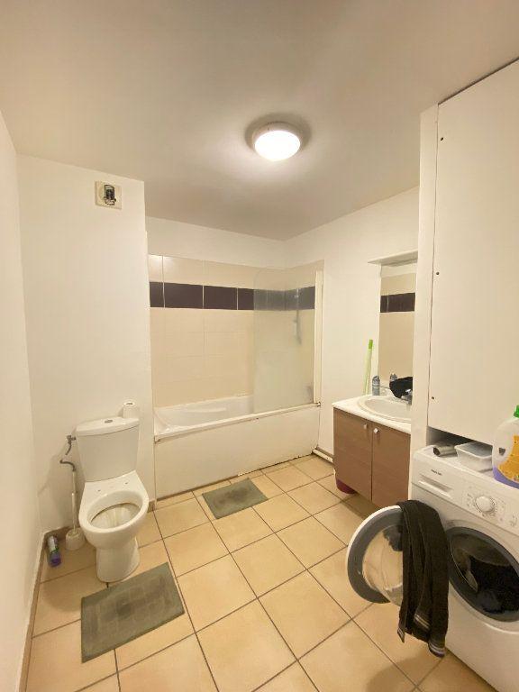 Appartement à vendre 2 47m2 à Saint-Denis vignette-5