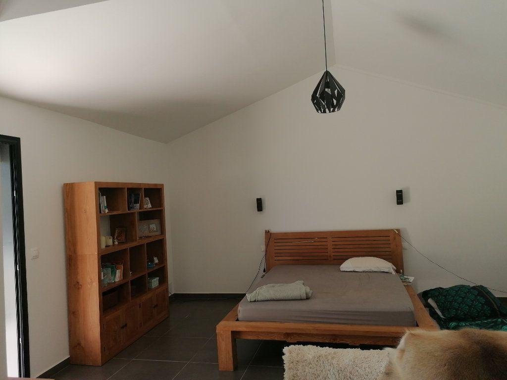 Maison à vendre 7 250m2 à Saint-Paul vignette-5