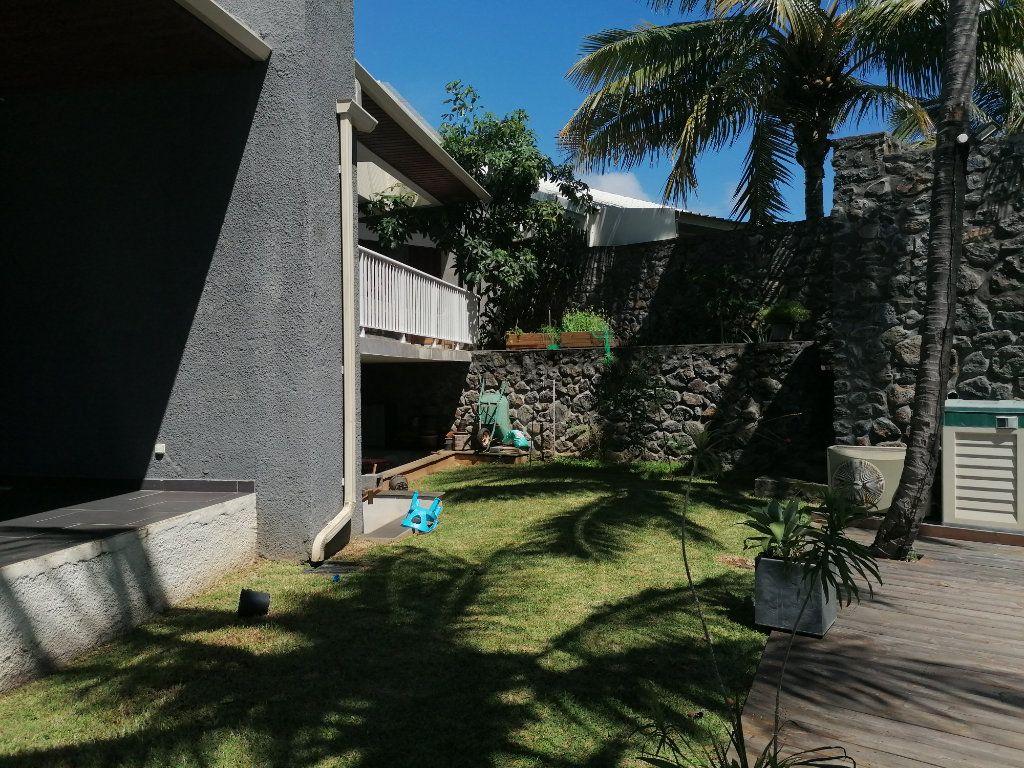 Maison à vendre 7 250m2 à Saint-Paul vignette-6