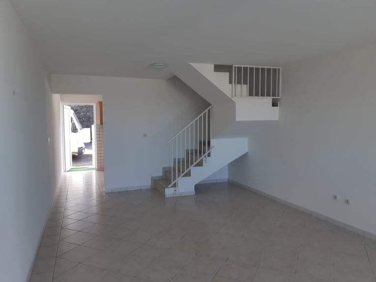 Appartement à vendre 3 79.5m2 à Le Tampon vignette-3