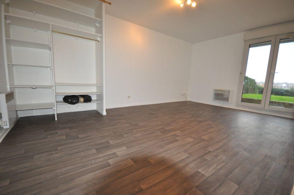 Appartement à louer 1 30.79m2 à Osny vignette-1
