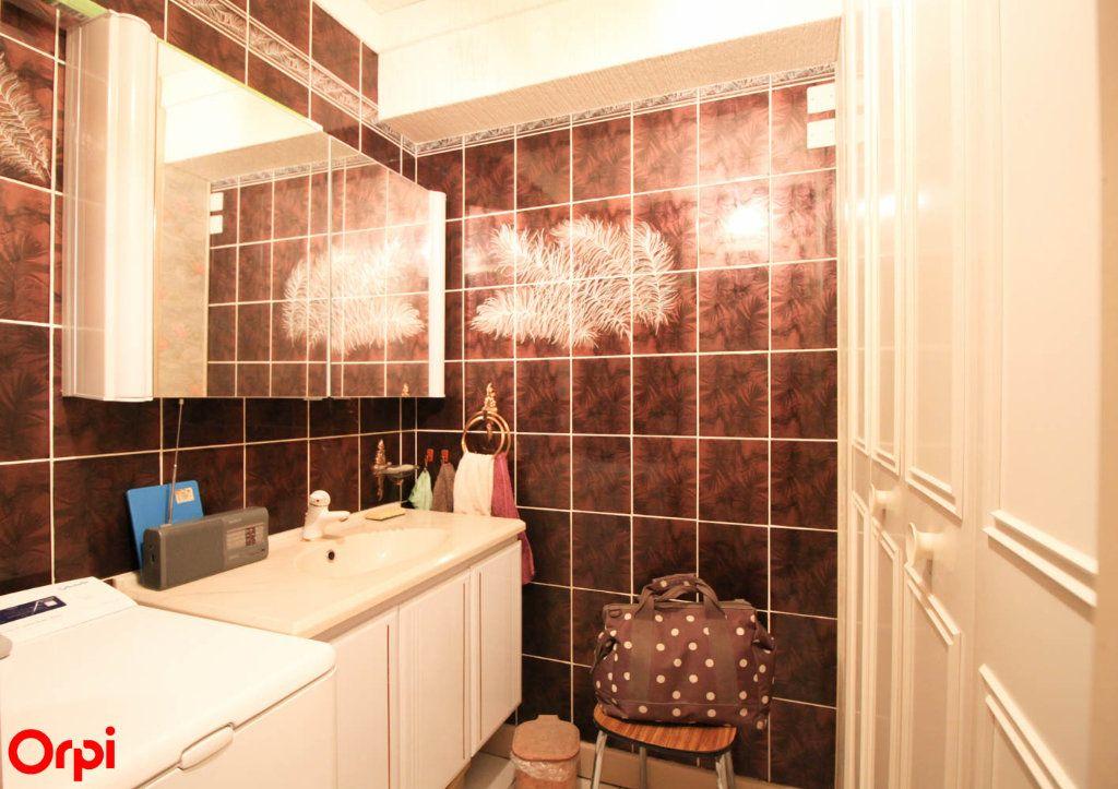 Appartement à vendre 3 81m2 à Éragny vignette-6