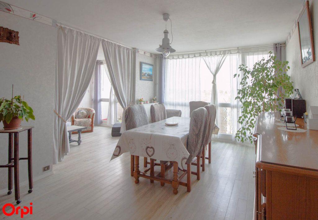 Appartement à vendre 4 78.43m2 à Osny vignette-1