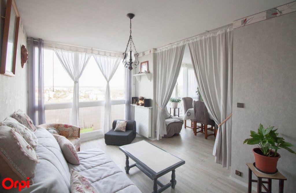 Appartement à vendre 4 78.43m2 à Osny vignette-3