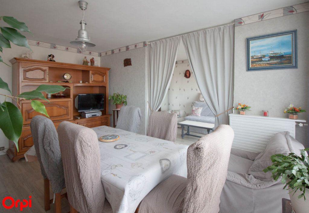 Appartement à vendre 4 78.43m2 à Osny vignette-5