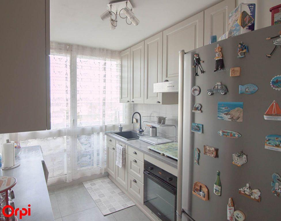 Appartement à vendre 4 78.43m2 à Osny vignette-6