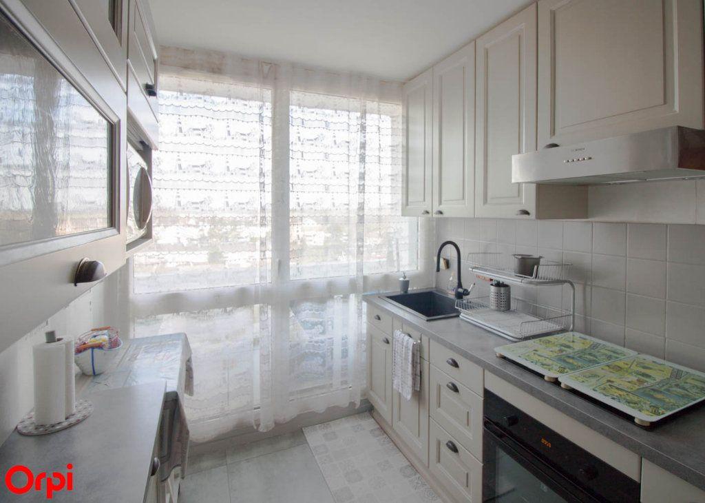 Appartement à vendre 4 78.43m2 à Osny vignette-7
