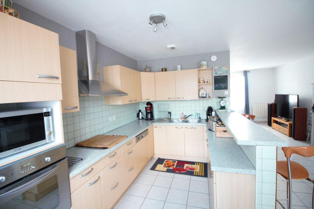 Maison à vendre 7 113m2 à Osny vignette-4