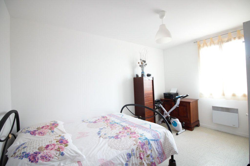 Maison à vendre 7 113m2 à Osny vignette-6