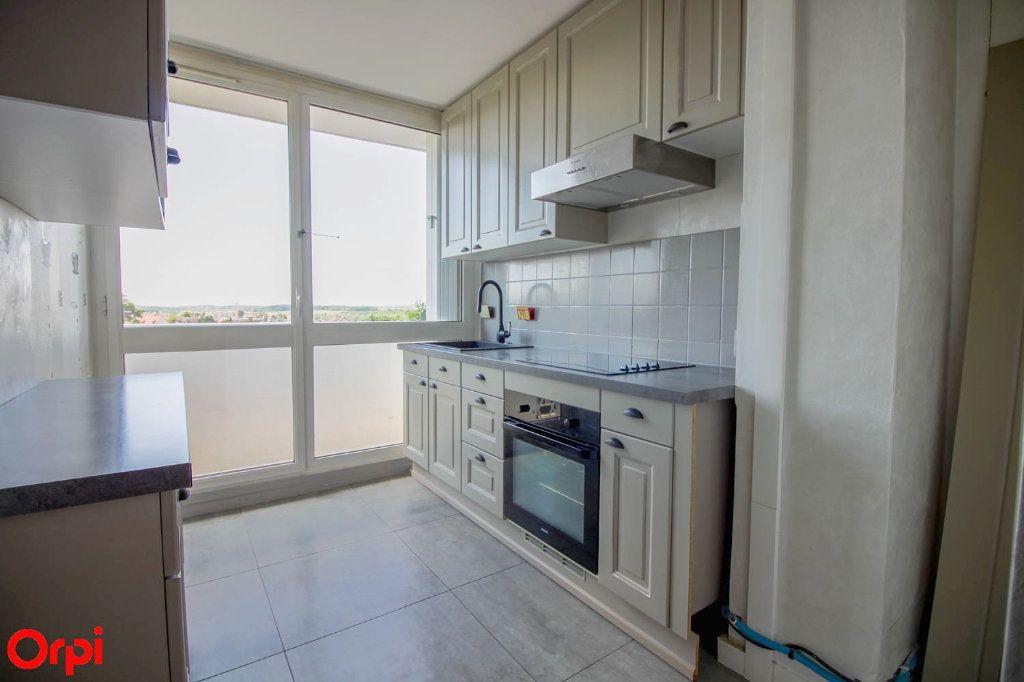 Appartement à vendre 4 78.43m2 à Osny vignette-4