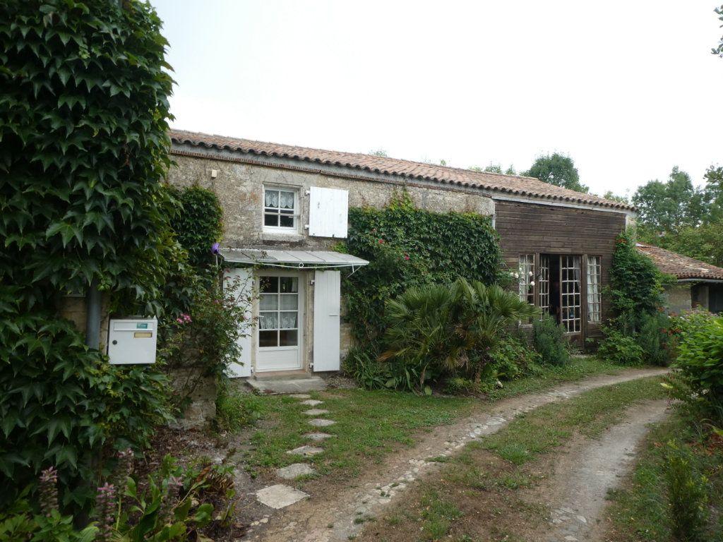 Maison à vendre 5 97m2 à Taugon vignette-1