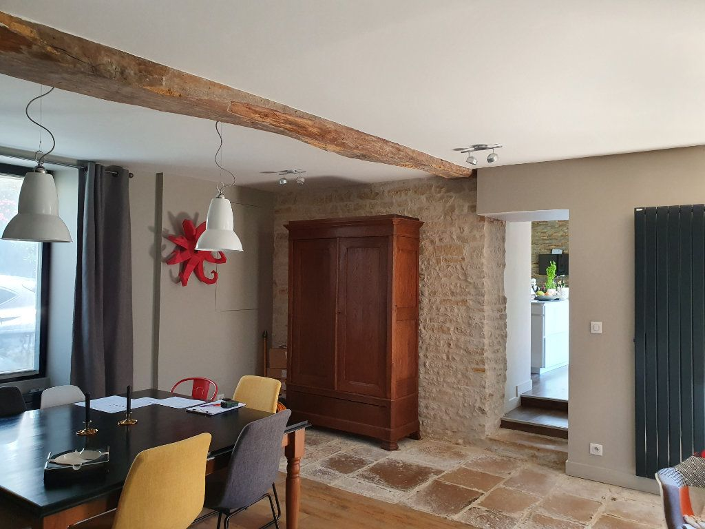 Maison à vendre 5 140m2 à Saint-Hilaire-la-Palud vignette-3