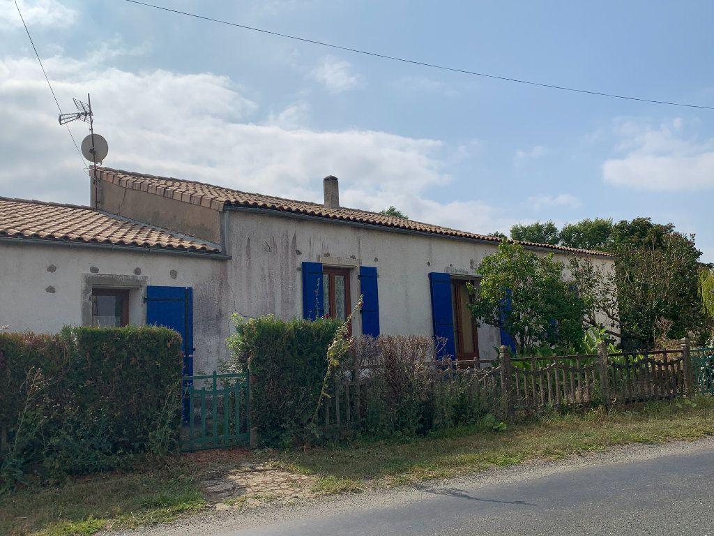 Maison à vendre 5 111m2 à Saint-Cyr-du-Doret vignette-1
