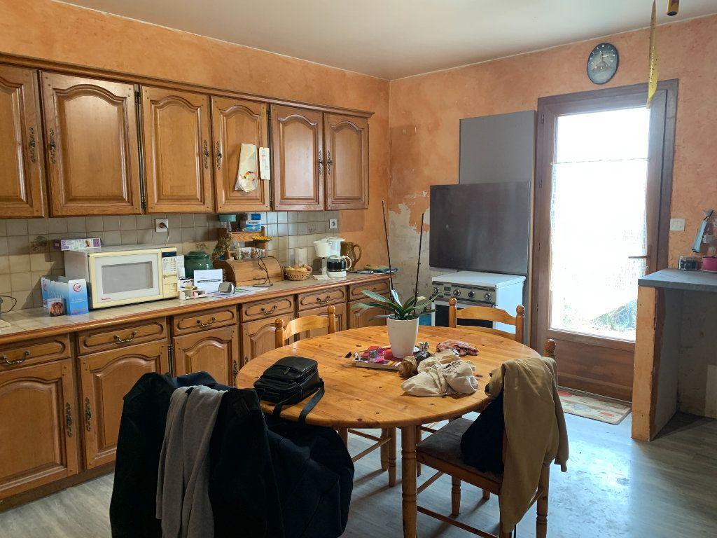 Maison à vendre 5 111m2 à Saint-Cyr-du-Doret vignette-2
