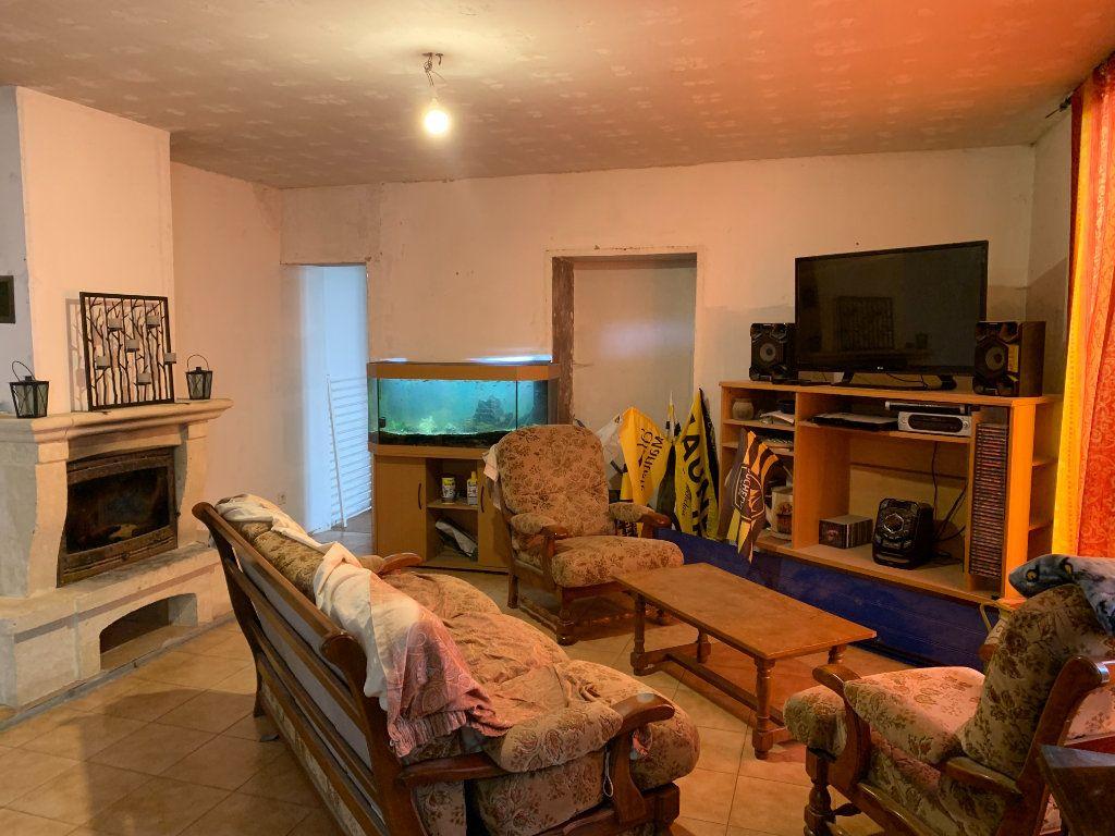 Maison à vendre 5 111m2 à Saint-Cyr-du-Doret vignette-3