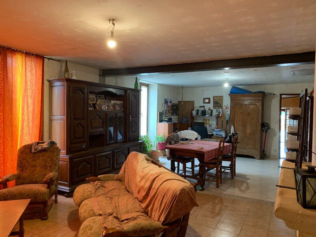 Maison à vendre 5 111m2 à Saint-Cyr-du-Doret vignette-4