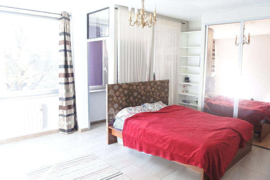 Appartement à vendre 5 130m2 à Lyon 7 vignette-5