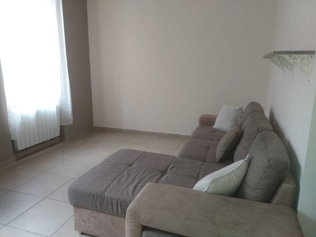 Appartement à louer 2 41.43m2 à Bourg-lès-Valence vignette-2