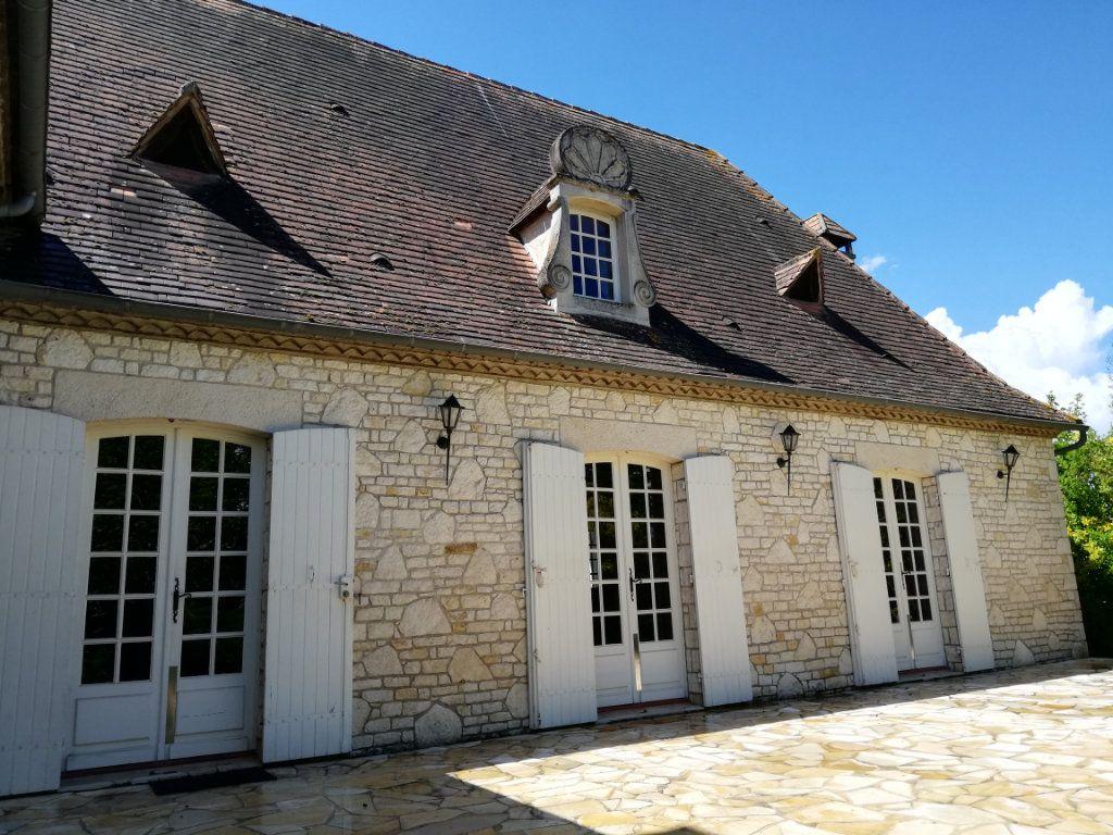Maison à vendre 9 280m2 à Lamonzie-Saint-Martin vignette-4