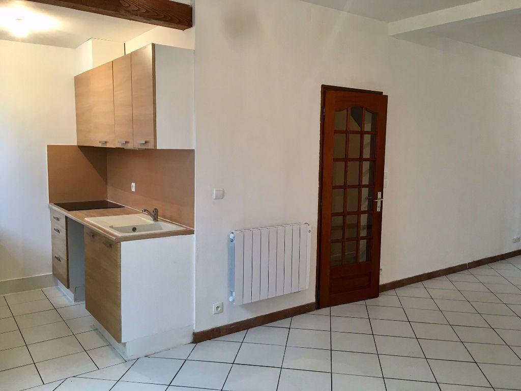 Maison à louer 4 94m2 à Bergerac vignette-3