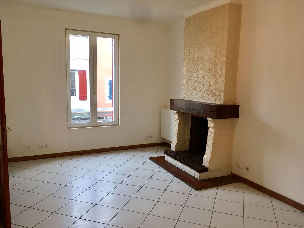 Maison à louer 4 94m2 à Bergerac vignette-5