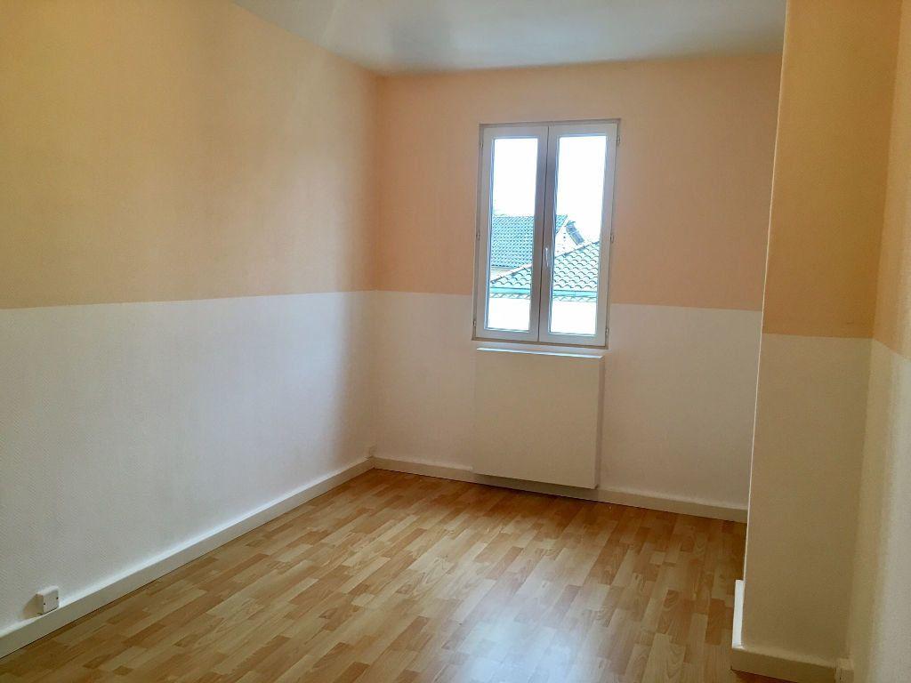 Maison à louer 4 94m2 à Bergerac vignette-8